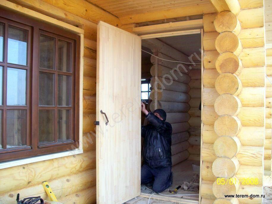 стальные двери для брусового дома